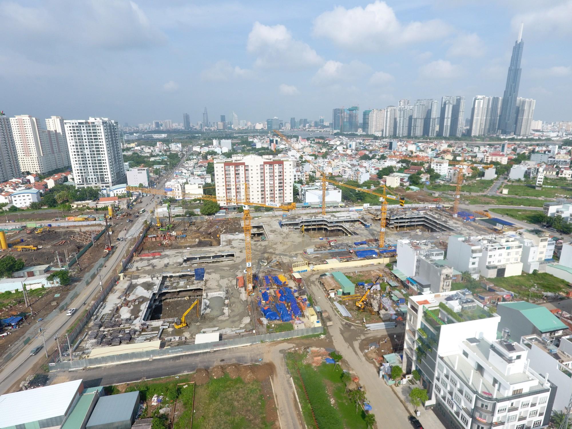 Hàng loạt dự án bị đứng hình, bất động sản TPHCM đang trong giai đoạn bế tắc?